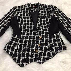 Beautiful Black & white print blazer